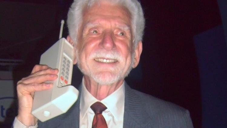 Telefone Celular: conheça a história de sua criação